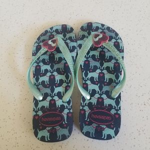 Havianas Blue Dog Heart Sandals 7/8